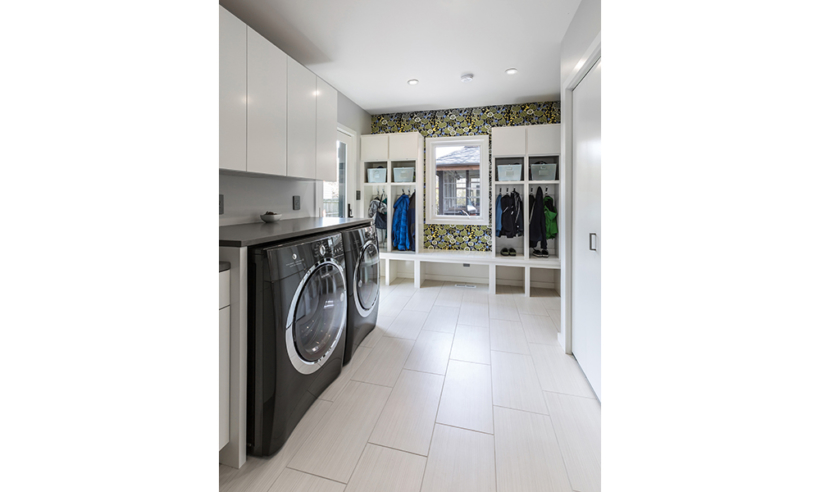 Foxlin-FoxPoint-FullRemodelAddition-Laundry-820x492.jpg