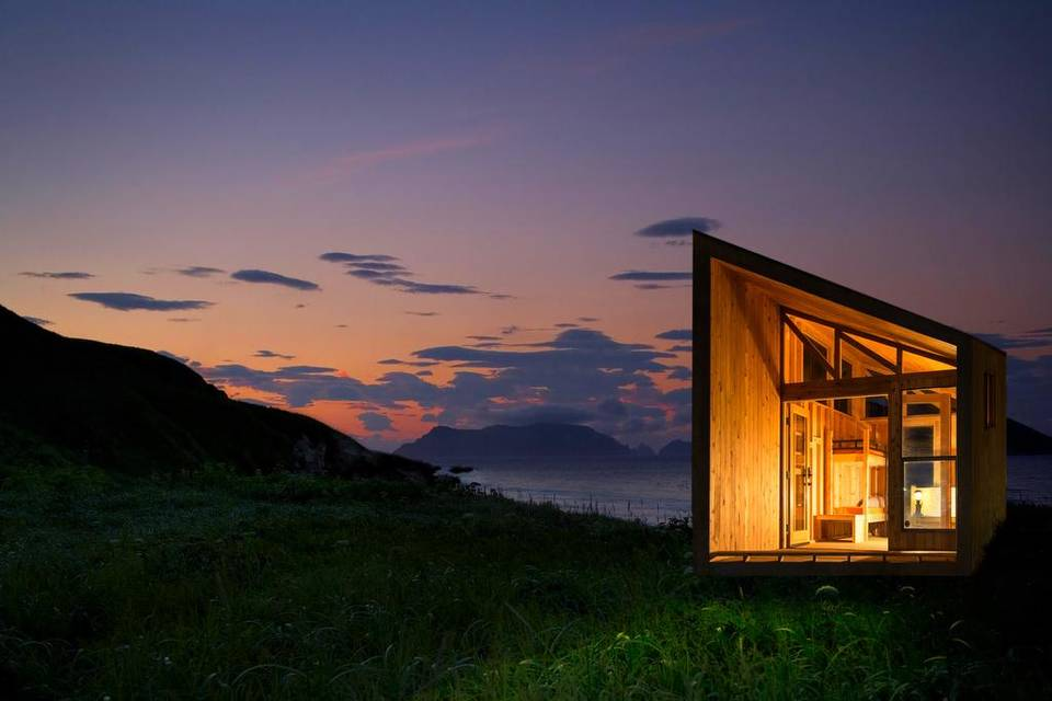 Revamp the Camp with Cal Poly Pomona and Foxlin Architects, small cabin made of wood
