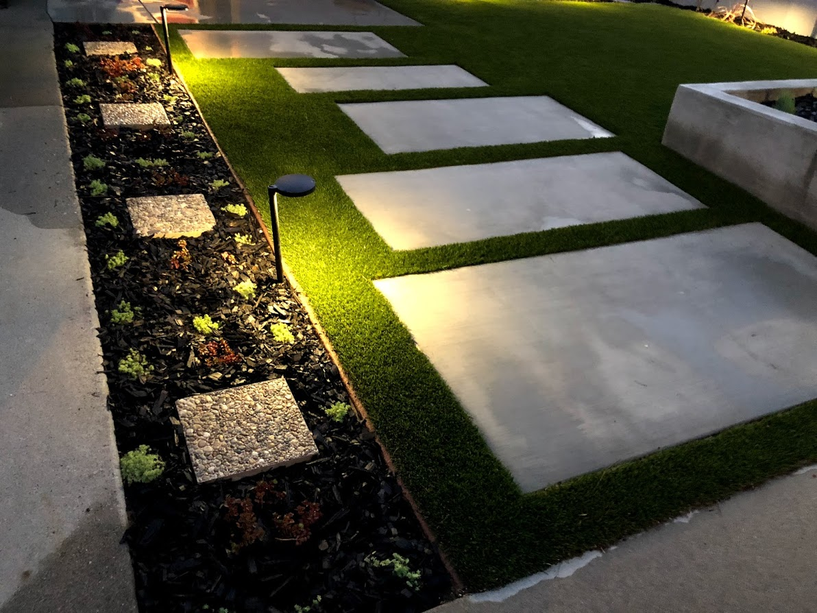 FoxLin Architects of Orange County - Laurelbrook Residence in Cerritos, California - Remodel - walkway, landscape